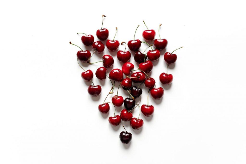manfaat buah ceri by https://www.pexels.com/